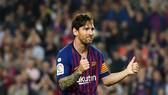 Lionel Messi tỏa sáng cùng Barca, nhưng vẫn nói không với tuyển Argentina. Ảnh: Getty Images