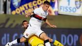 Khá bất ngờ khi một Krzysztof Piatek khiêm tốn lại lọt vào mắt xanh của Barca. Ảnh: Getty Images