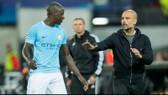HLV Pep Guardiola vẫn bình thản bất chấp mất hậu vệ trái số 1 Benjamin Mendy trong 3 tháng. Ảnh: Getty Images