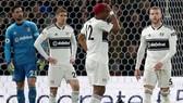 Fulham trở thành đội thứ 2 rớt hạng mùa này. Ảnh: Getty Images