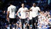 Vẻ thất vọng của các ngôi sao Man.United đang lộ rõ. Ảnh: Getty Images