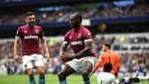 Tottenham bất ngờ gục ngã trước West Ham. Ảnh: Getty Images