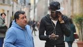 """Tương lai Paul Pogba được biết phụ thuộc rất lớn vào """"siêu cò"""" Mino Raiola. Ảnh: Daily Star"""