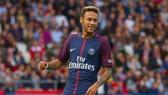 Neymar vẫn đang tạo nên quá nhiều rắc rối tại Paris SG. Ảnh: Getty Images