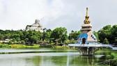 Cần nâng chất dịch vụ để thu hút du khách đến với vùng sông nước An Giang                                  Ảnh: Hữu Long
