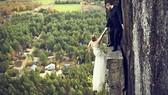 Chụp ảnh cưới trên vách đá cheo leo