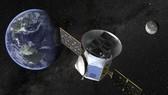 Hình ảnh mô phỏng Vệ tinh Thăm dò Ngoại hành tinh Đi qua của NASA (TESS). Ảnh: AP