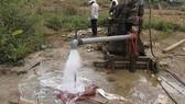 Kiến nghị hạn chế cấp phép khai thác nước dưới đất
