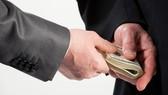 Phong tỏa tài sản đảng viên có dấu hiệu tham nhũng
