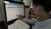 Người dân tra cứu hồ sơ  qua Cổng thông tin điện tử ngành y tế TPHCM