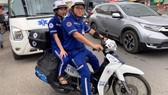 Kíp cấp cứu bằng xe gắn máy của Trung tâm Cấp cứu 115