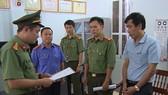 Cơ quan An ninh điều tra Công an tỉnh Sơn La đọc lệnh khởi tố, bắt tạm giam một bị can trong vụ gian lận thi cử mới đây