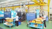 Sản xuất tại Nhà máy cơ khí Amura Precision. Ảnh: CAO THĂNG