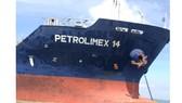 Mũi tàu Petrolimex 14 bị móp sau vụ tai nạn