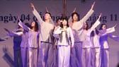 Nguyễn Thị Luận, Nhà hát Cải lương Trần Hữu Trang, vai Võ Thị Sáu trong trích đoạn Người con gái Đất đỏ