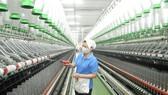 Dệt xuất khẩu tại Tổng Công ty Phong Phú. Ảnh: CAO PHONG