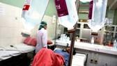 Truyền dịch không có chỉ định và giám sát của bác sĩ có thể gây nguy hiểm sức khỏe