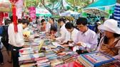 Rất ít sách thơ bán được tại các hội sách - nơi doanh thu bán sách rất thành công