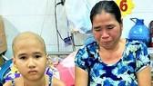 Cha mẹ khuyết tật, con bệnh ung thư máu