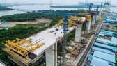 Sau khi hoàn thành, cao tốc Bến Lức - Long Thành - Dầu Giây sẽ kết nối  tuyến phía Đông của ĐBSCL với TPHCM. Ảnh: HÀM LUÔNG