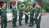 Đoàn công tác Quân ủy Trung ương - Bộ Quốc phòng thăm và làm việc tại BV Quân y 175 (Bộ Quốc phòng). Ảnh: TRUNG KIÊN