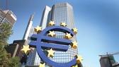 Giảm mua trái phiếu ECB sẽ điều tiết lượng tiền tung ra thị trường ít hơn.