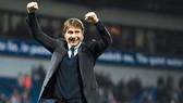 HLV Antonio Conte cho thấy mọi phẩm chất có thể tiếp tục thành công cùng Chelsea.