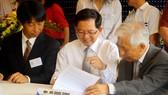 Lễ ký kết biên bản ghi nhớ hợp tác cuộc gặp gỡ giữ nhóm giáo sư cấp cao Nhật Bản cùng lãnh đạo UBND tỉnh Bình Định và Trung tâm IFIRSE