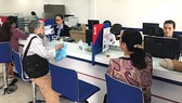 Ngày đầu khai trương, SCB Hoàng Minh Giám thu hút gần 100 lượt khách đến giao dịch