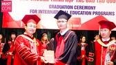 Sinh viên Trường ĐH Bách khoa Hà Nội tốt nghiệp chương trình liên kết đào tạo
