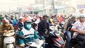 Kẹt xe trầm trọng từ miền Tây về TPHCM