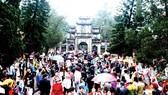 Khai hội chùa Hương