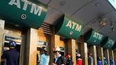Ngân hàng điện tử:  Tăng tiện ích, giảm chi phí