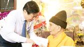 Lãnh đạo TPHCM thăm, chúc mừng Đại lễ Phật đản