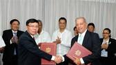 Việt Nam tặng Cuba 5.000 tấn gạo