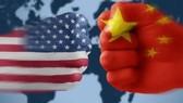 Cuộc chiến thương mại Mỹ-Trung Quốc vẫn chưa có hồi kết. Ảnh minh họa: CNBC
