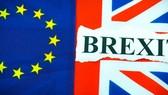 Anh: Tranh cãi nảy lửa về Brexit