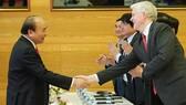 Thủ tướng Nguyễn Xuân Phúc dự khai trương Trục liên thông văn bản quốc gia. Ảnh: VGP