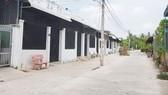 Một khu dân cư tự phát ở quận Bình Thủy. Ảnh: VOV