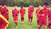 Các học trò HLV Hoàng Anh Tuấn vẫn đang vượt khó để chuẩn bị World Cup. Ảnh: Đắc Văn