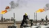 Giá dầu thế giới tăng cao