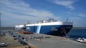 Trước đó, Trung Quốc cũng đã đầu tư 1,1 tỷ USD để kiểm soát cảng biển Hambantota  của Sri Lanka. Ảnh: BUSINESS STANDARD