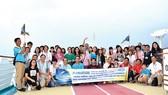 Đoàn khách Saigontourist trải nghiệm tour du thuyền