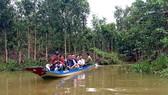 Du lịch trải nghiệm trên sông hấp dẫn du khách