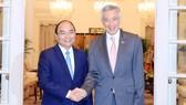 Thủ tướng Nguyễn Xuân Phúc và Thủ tướng Lý Hiển Long tại cuộc hội đàm