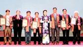 """Chủ tịch Quốc hội Nguyễn Thị Kim Ngân trao danh hiệu """"Nông dân Việt Nam xuất sắc 2018"""""""