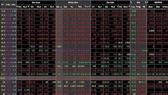 Khối ngoại tháo chạy, VN-Index mất mốc 920 điểm