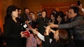 Thứ trưởng Bộ Ngoại giao CHDCND Triều Tiên Choe Son-hui trong buổi họp báo tại Hà Nội hôm 1-3. Ảnh: REUTERS