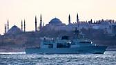 Nga hộ tống nhóm tàu NATO ở biển Đen