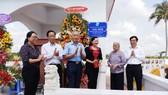 Khánh thành công trình khu mộ tập thể 21 người tại xã Thạnh Hải. Ảnh: Báo Đồng Khởi